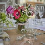 centre de table mariage fleurs roses